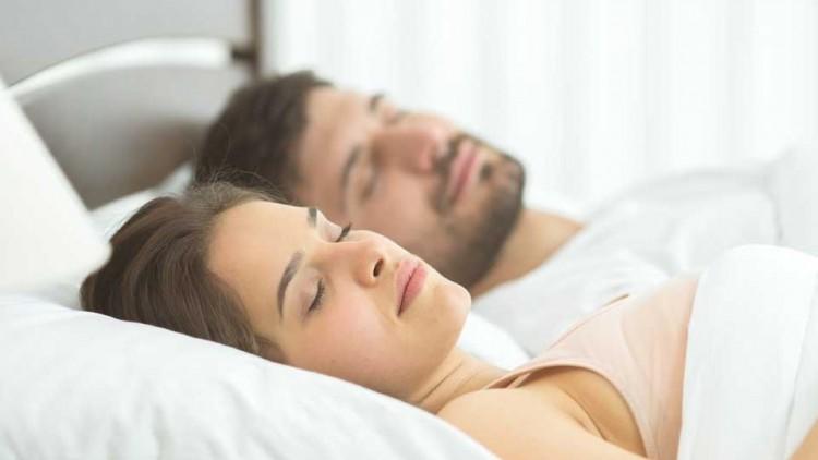 OTSZ Online - Alvás közben a magas vérnyomás rosszat jelent