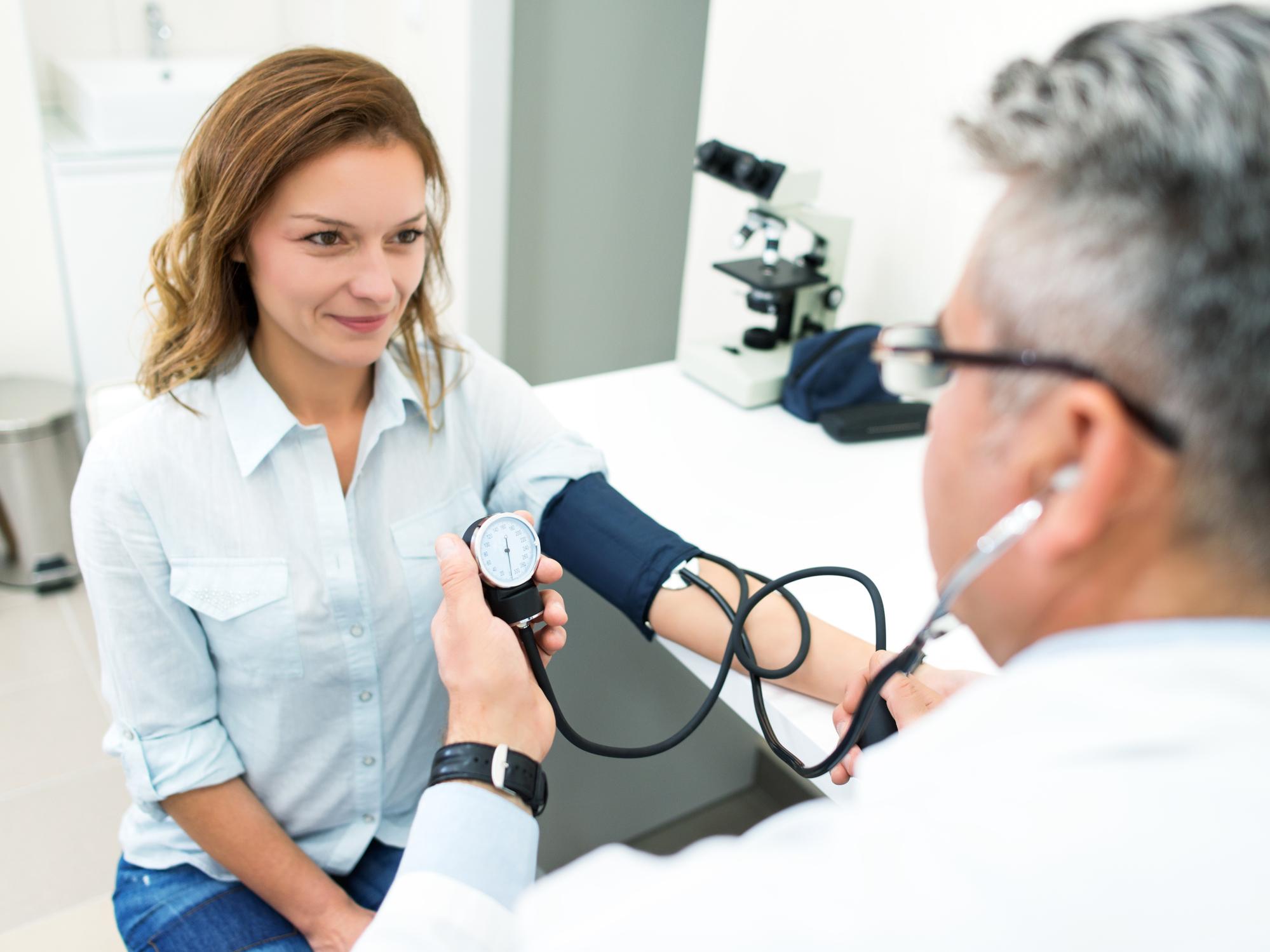 orrvérzést okozhat magas vérnyomásban szenvedő felnőtteknél hidromasszázs és magas vérnyomás