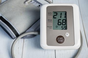 magas vérnyomás harmadik kockázati csoport