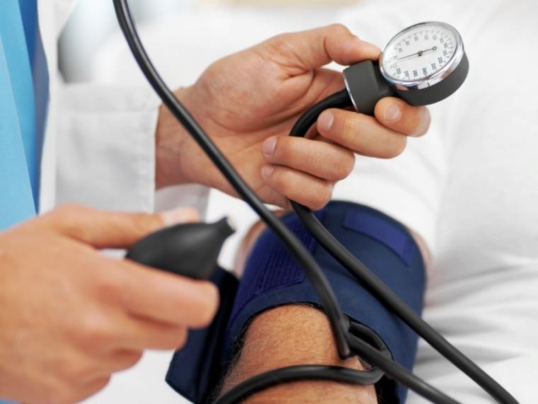 magas vérnyomás válságok nélkül agyag kezelés magas vérnyomás esetén