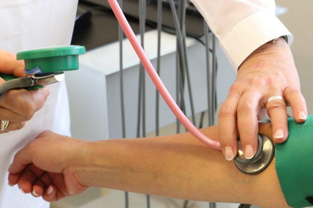 tudományos kutatás a magas vérnyomásban klimaxos hipertónia szindróma