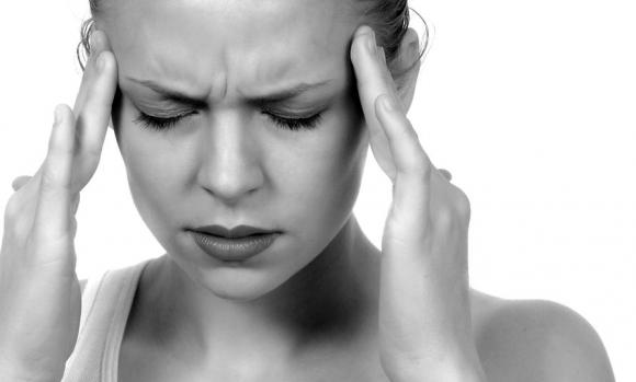 a fejfájás enyhítése magas vérnyomással