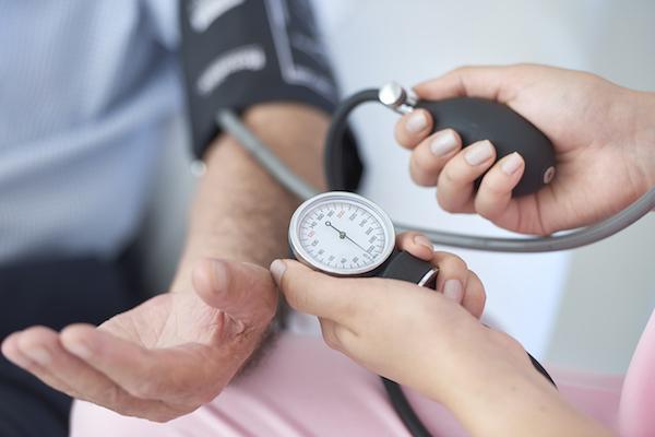 magas vérnyomás kezelése fiatal férfiaknál
