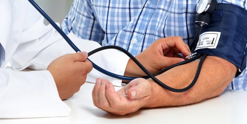 a nyak önmasszírozása magas vérnyomás esetén