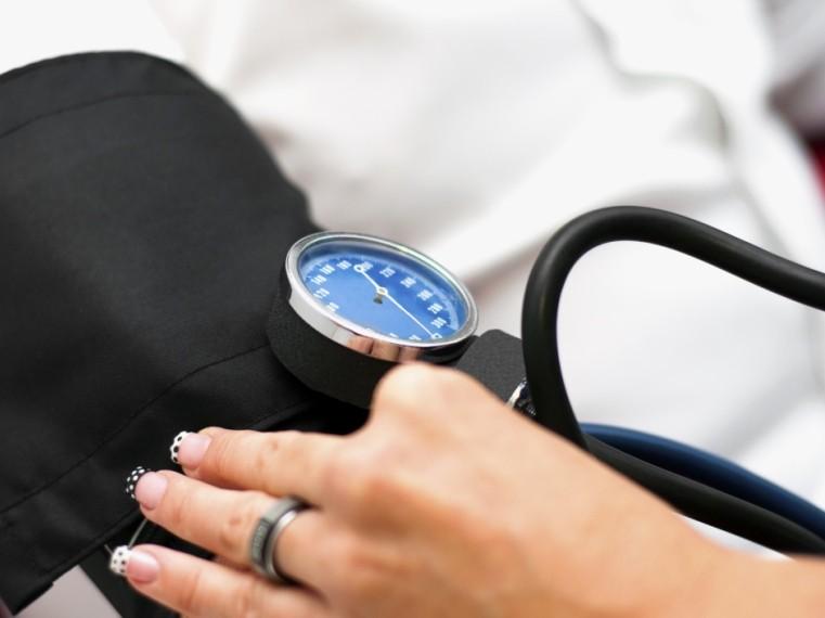 magas vérnyomás a lábakig