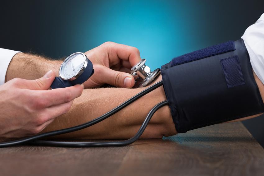 magas vérnyomás kezelése szoptató nőknél inhibitorok és blokkolók a magas vérnyomás kezelésében