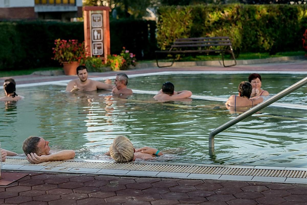 magas vérnyomás és meleg fürdők kék jód magas vérnyomás esetén